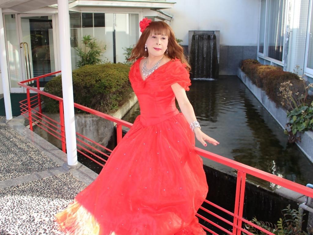 赤ドレスガーデンパレスB(2)