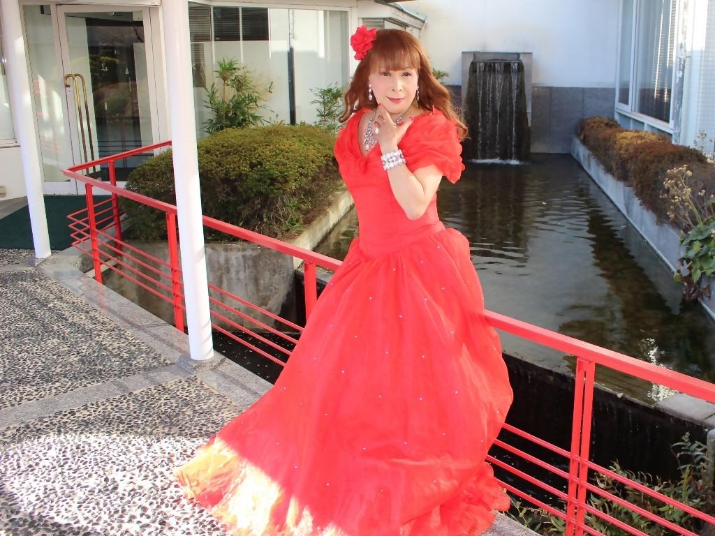 赤ドレスガーデンパレスB(3)