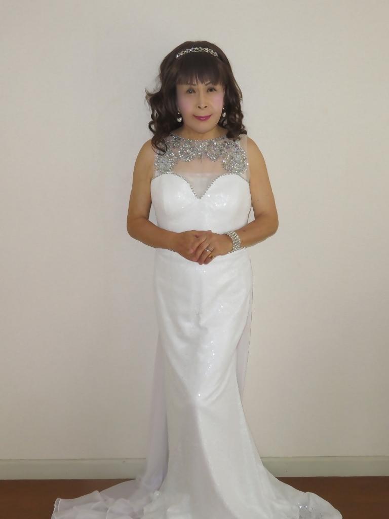 白スパンコールロングドレス部屋A(1)