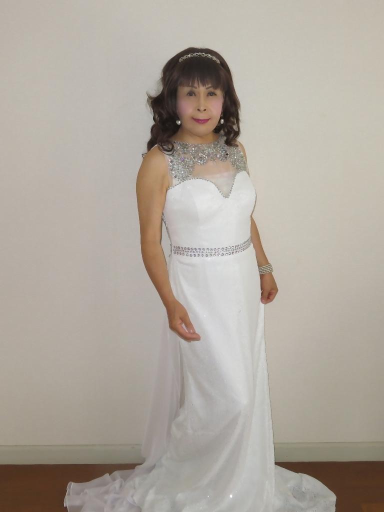 白スパンコールロングドレス部屋A(2)