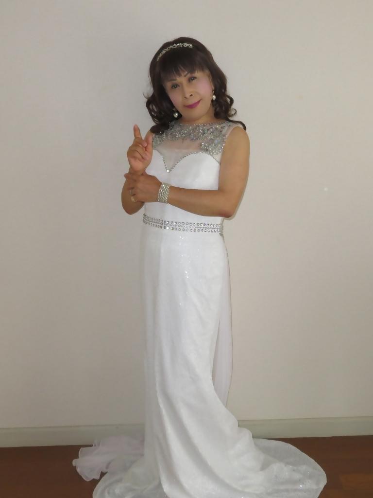 白スパンコールロングドレス部屋A(5)