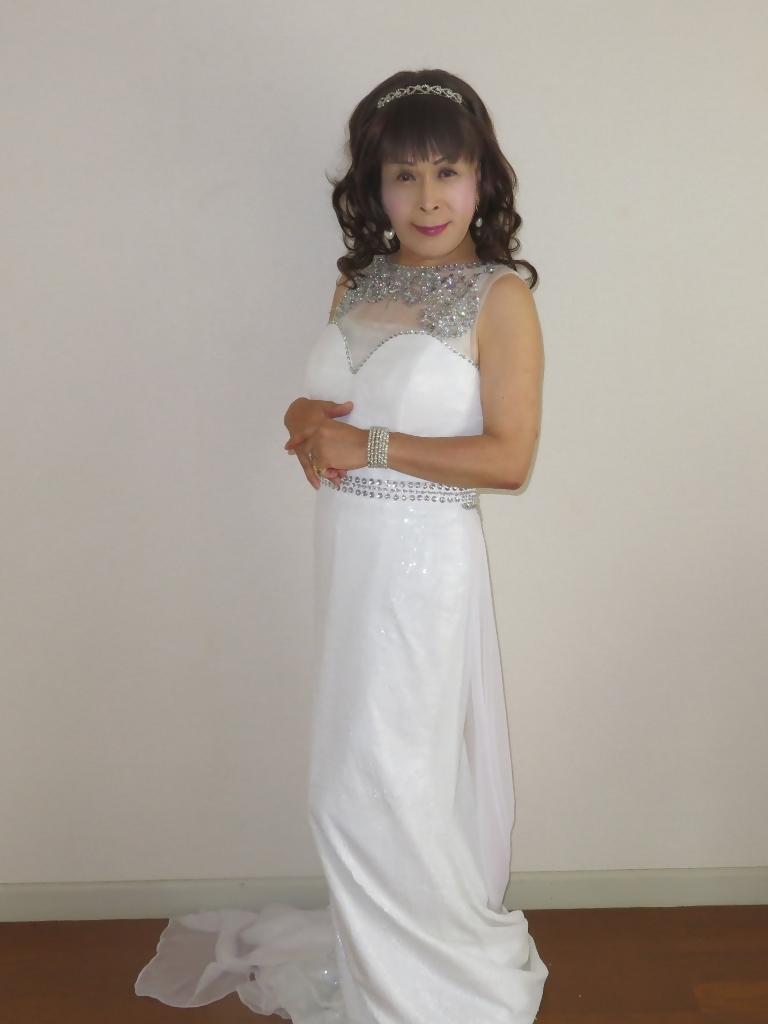白スパンコールロングドレス部屋A(6)