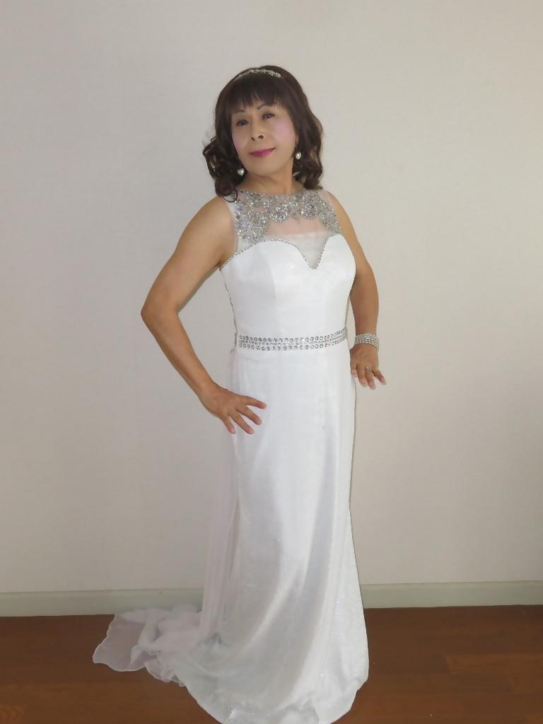 白スパンコールロングドレス部屋A(7)