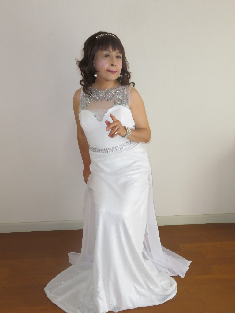 白スパンコールロングドレス部屋A(8)