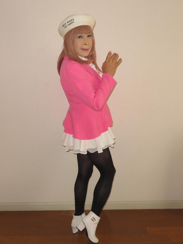 ピンクジャケット白ミニフレア室内A(2)