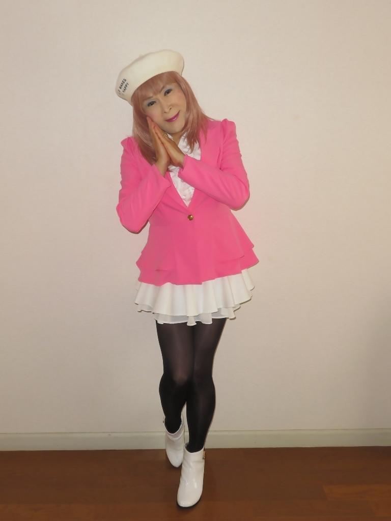 ピンクジャケット白ミニフレア室内A(3)