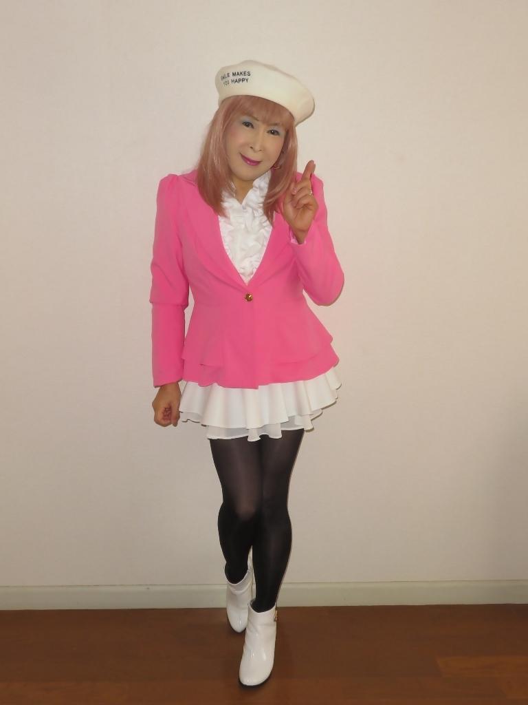 ピンクジャケット白ミニフレア室内A(4)