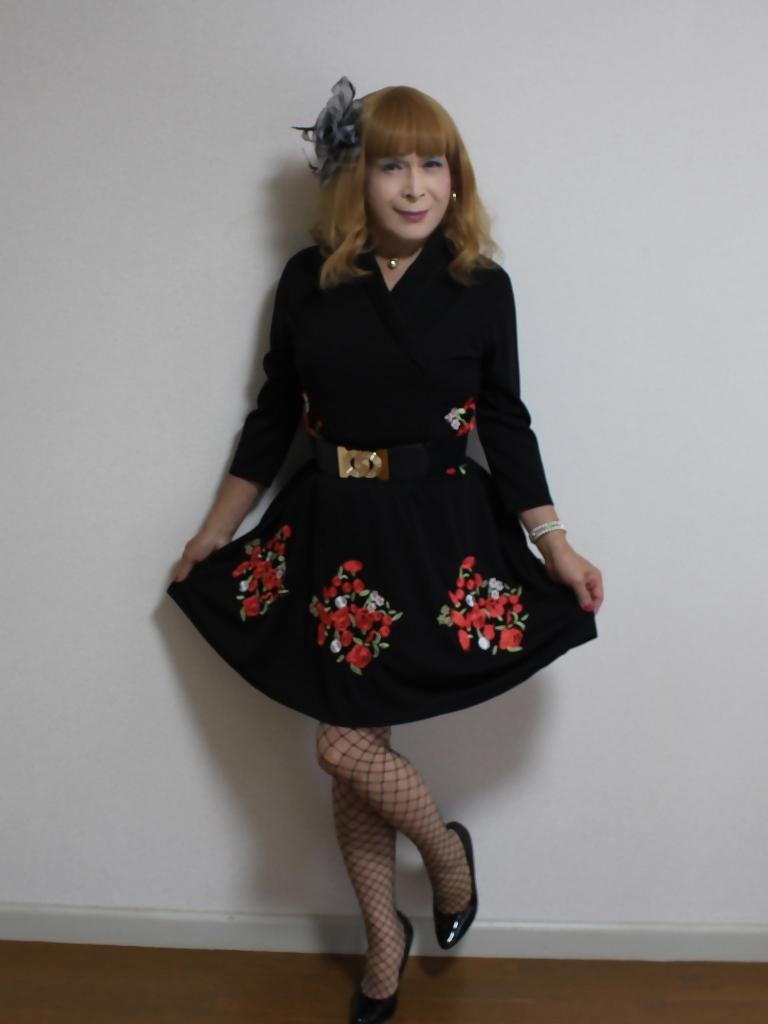 黒花柄刺繍ショートワンピA(1)