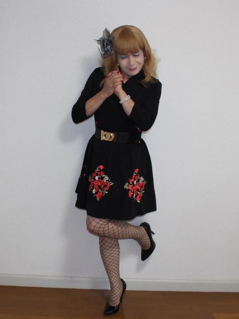 黒花柄刺繍ショートワンピA(4)