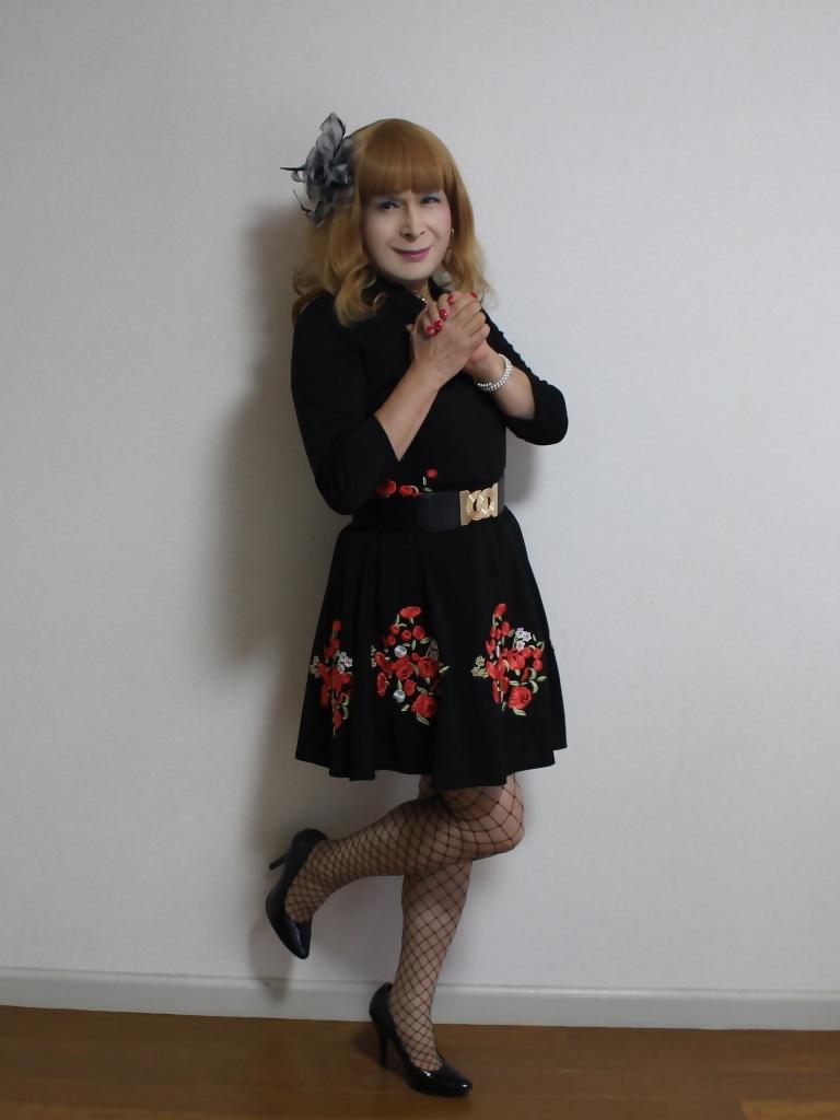 黒花柄刺繍ショートワンピA(5)