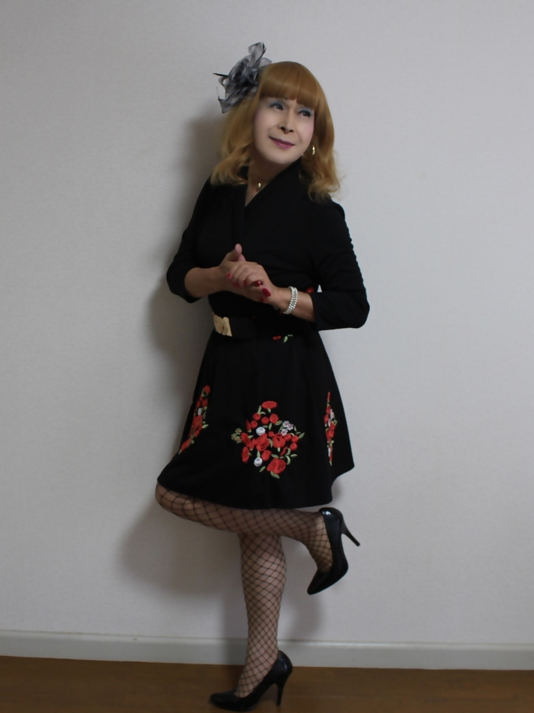 黒花柄刺繍ショートワンピA(7)