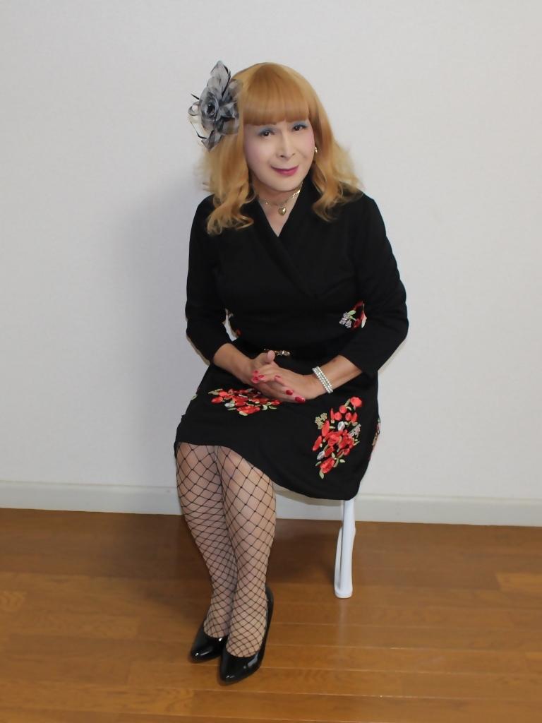 黒花柄刺繍ショートワンピB(1)