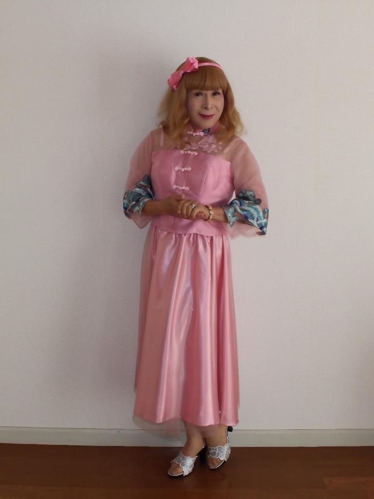 ピンクのチャイナ風ドレスA(1)