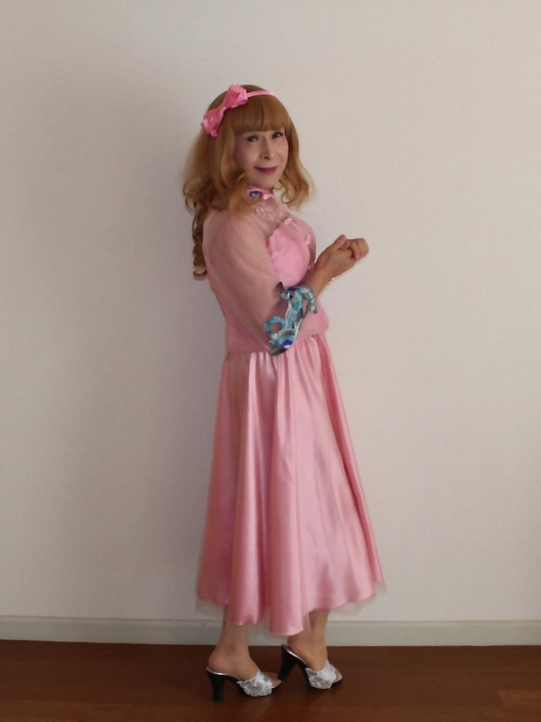 ピンクのチャイナ風ドレスA(5)