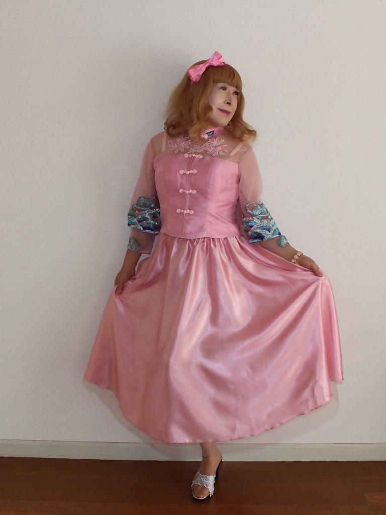 ピンクのチャイナ風ドレスA(8)