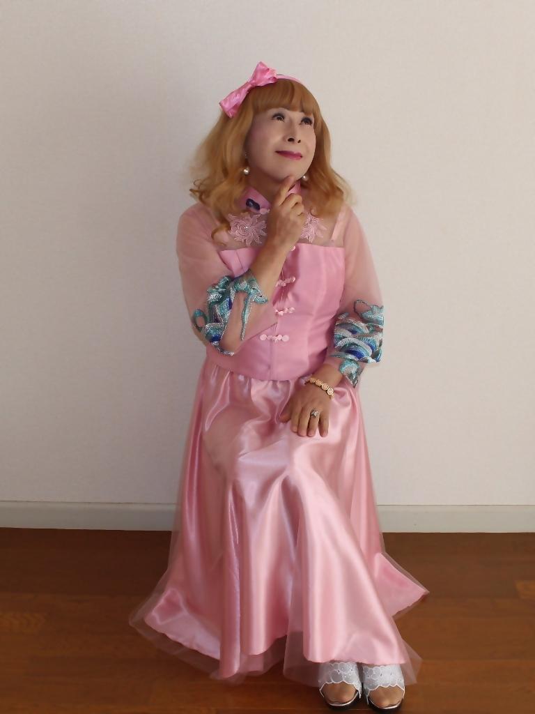 ピンクのチャイナ風ドレスB(4)