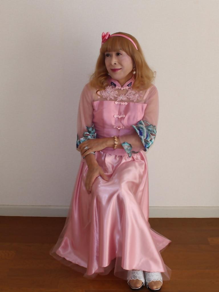 ピンクのチャイナ風ドレスB(5)