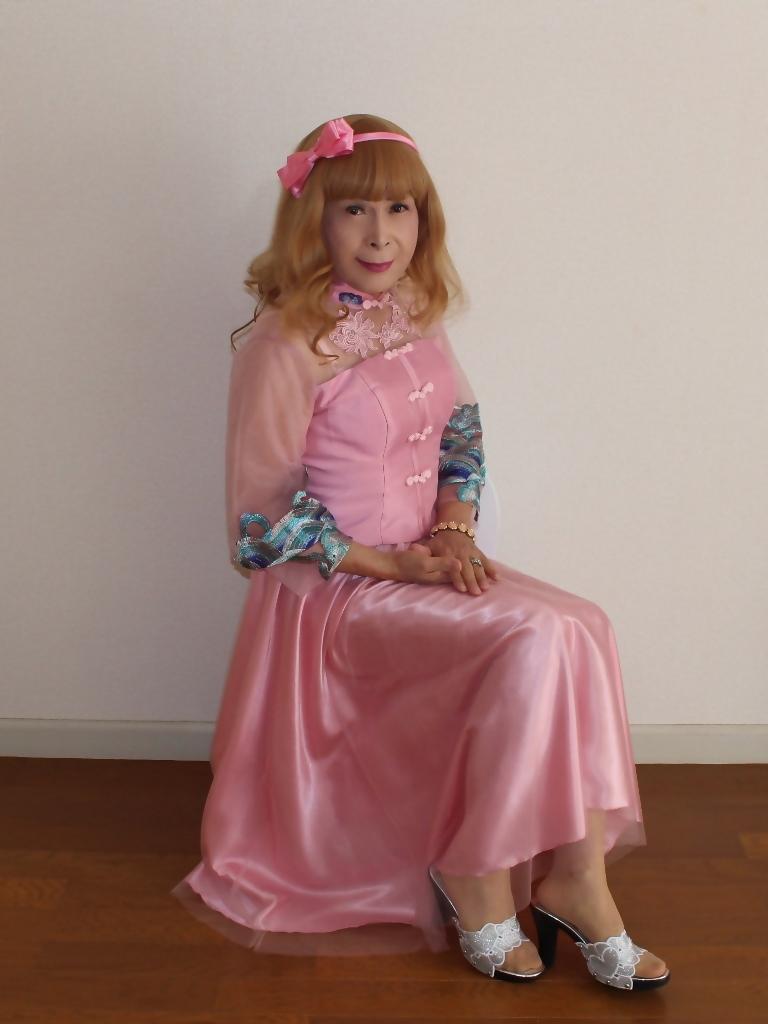 ピンクのチャイナ風ドレスB(6)