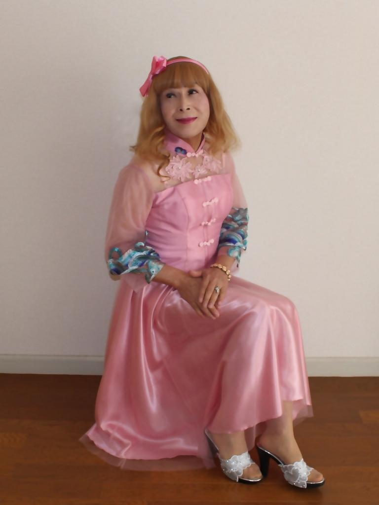 ピンクのチャイナ風ドレスB(7)