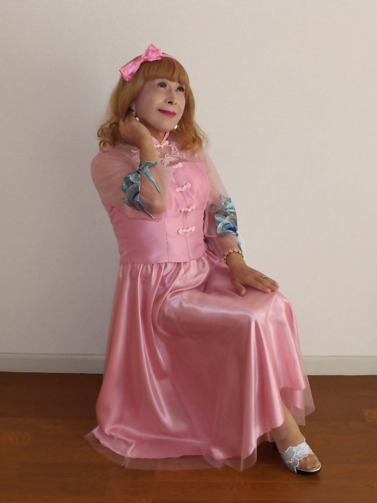 ピンクのチャイナ風ドレスB(8)