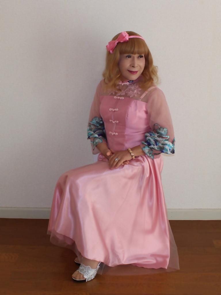 ピンクのチャイナ風ドレスC(1)