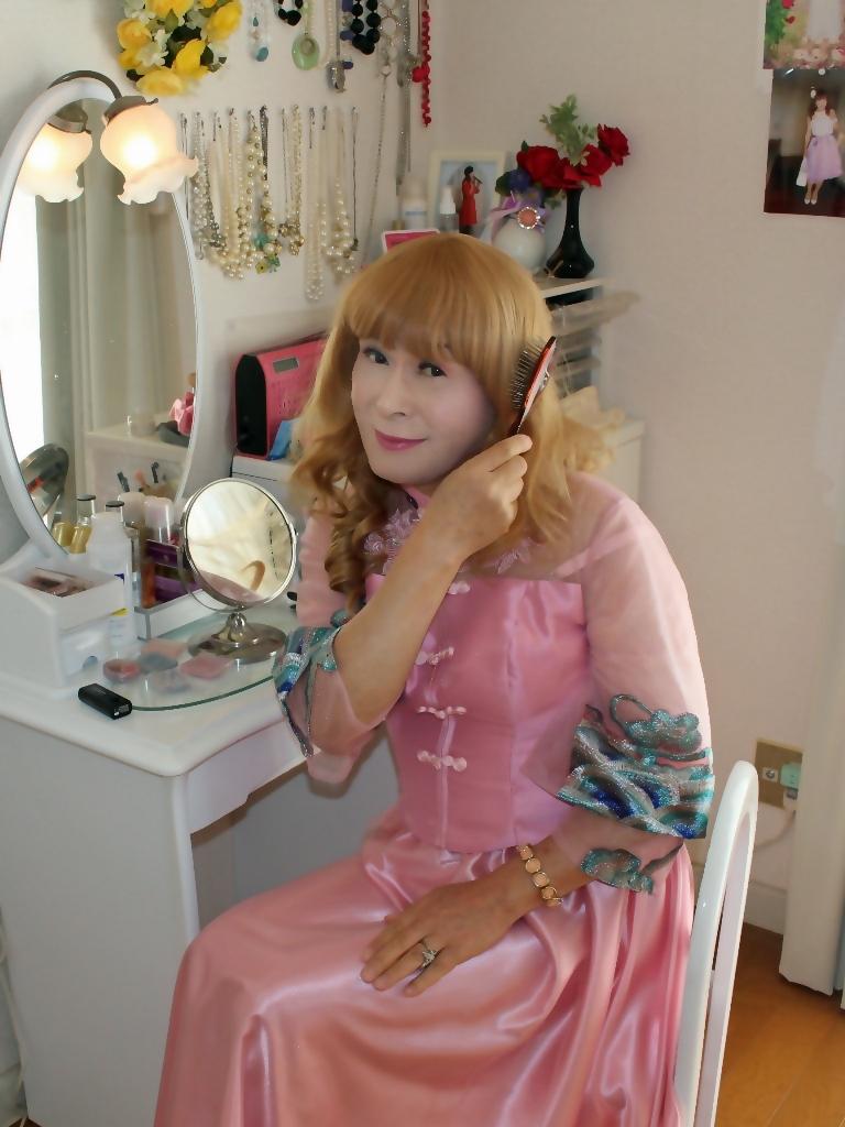 ピンクのチャイナ風ドレスD(2)