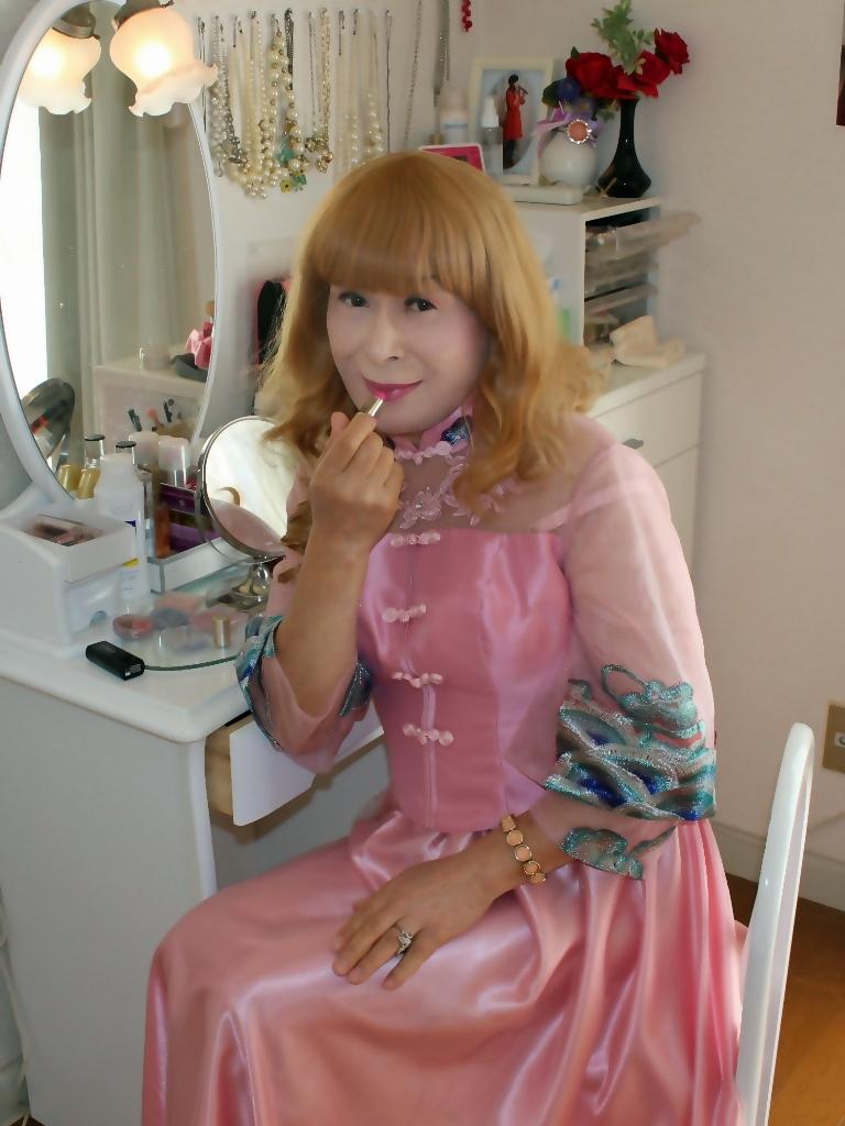 ピンクのチャイナ風ドレスD(4)