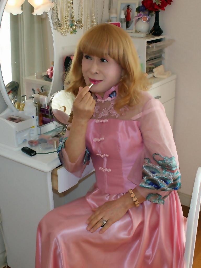 ピンクのチャイナ風ドレスD(5)