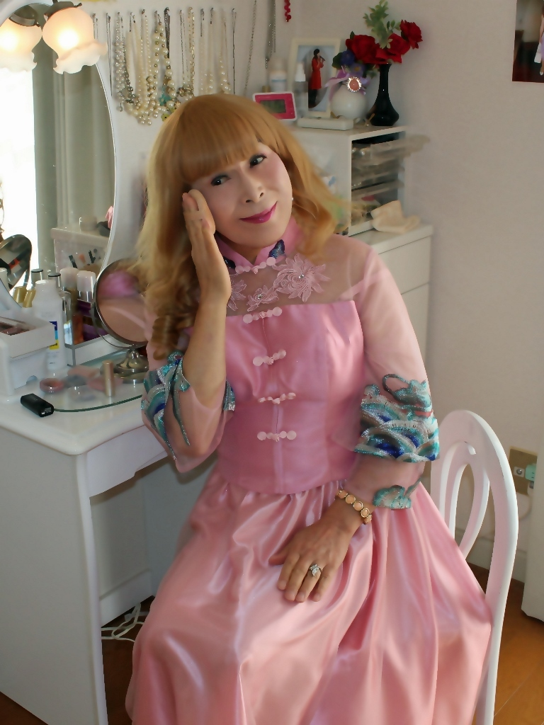 ピンクのチャイナ風ドレスD(8)