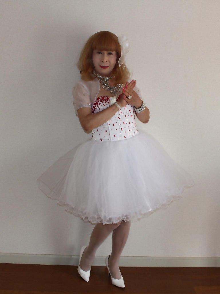赤ビジュ飾りホワイトドレスA(2)