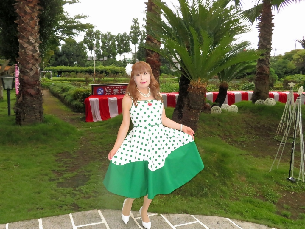 緑ドット柄ワンピドレス紫雲閣E(2)