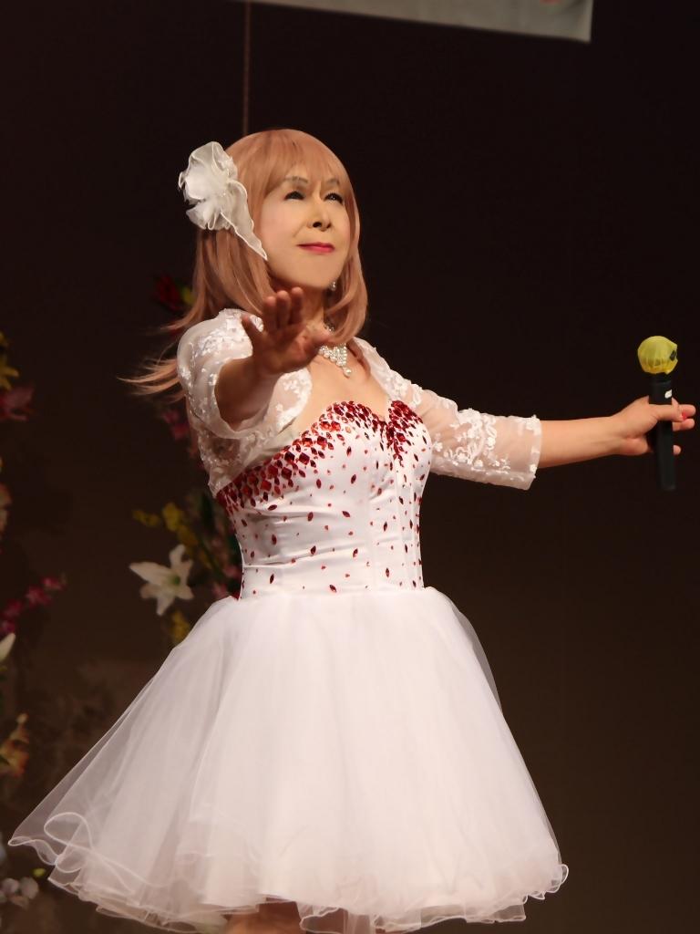 赤ビジュ飾りショートドレス舞台(4)