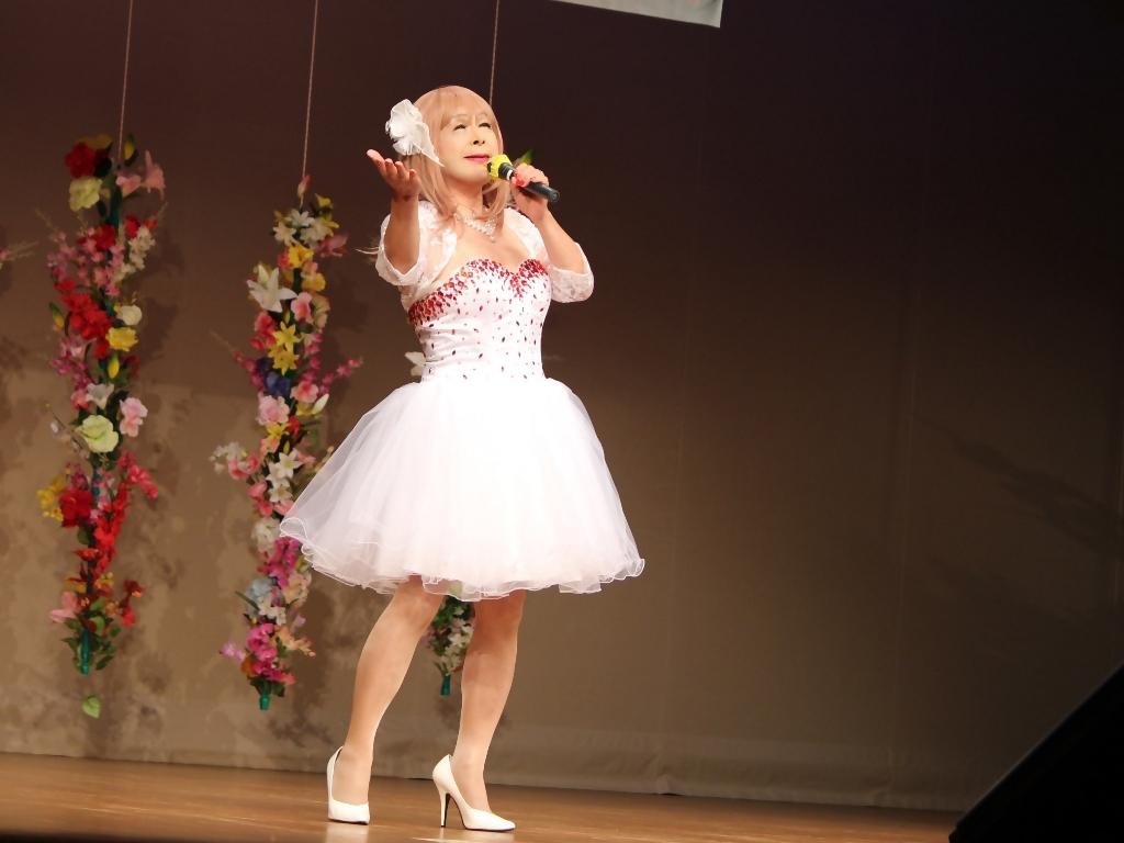 赤ビジュ飾りショートドレス舞台(19)