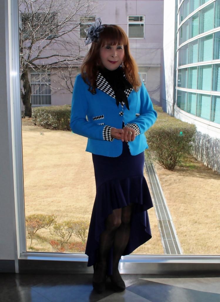 水色ジャケット紺マーメイドA(1)