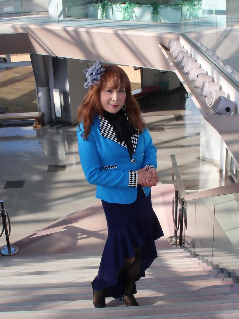水色ジャケット紺マーメイドB(2)