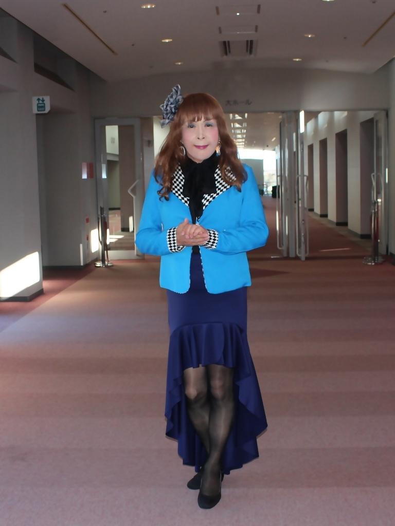 水色ジャケット紺マーメイドC(1)