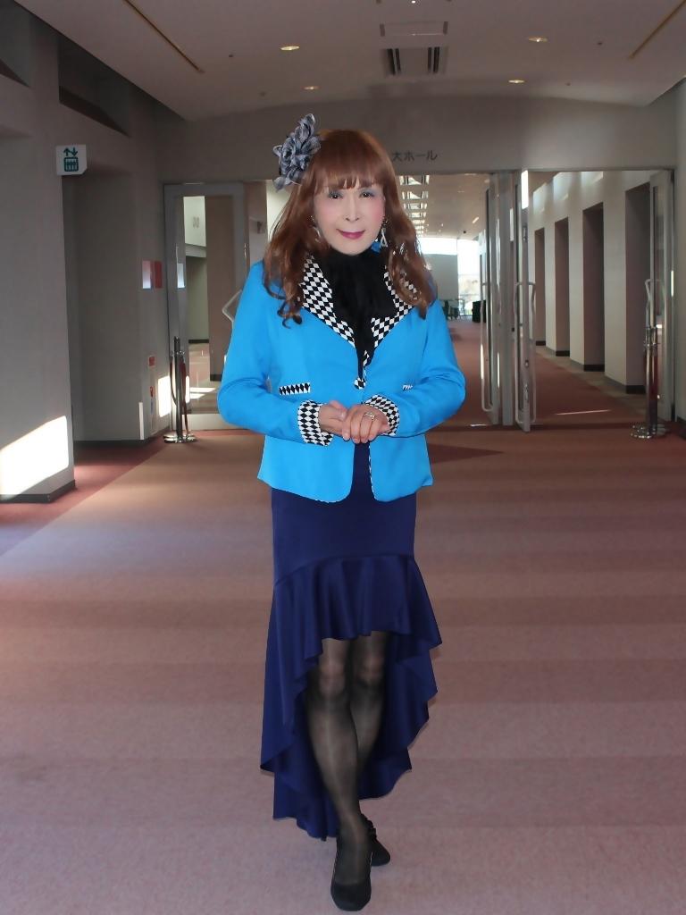 水色ジャケット紺マーメイドC(2)
