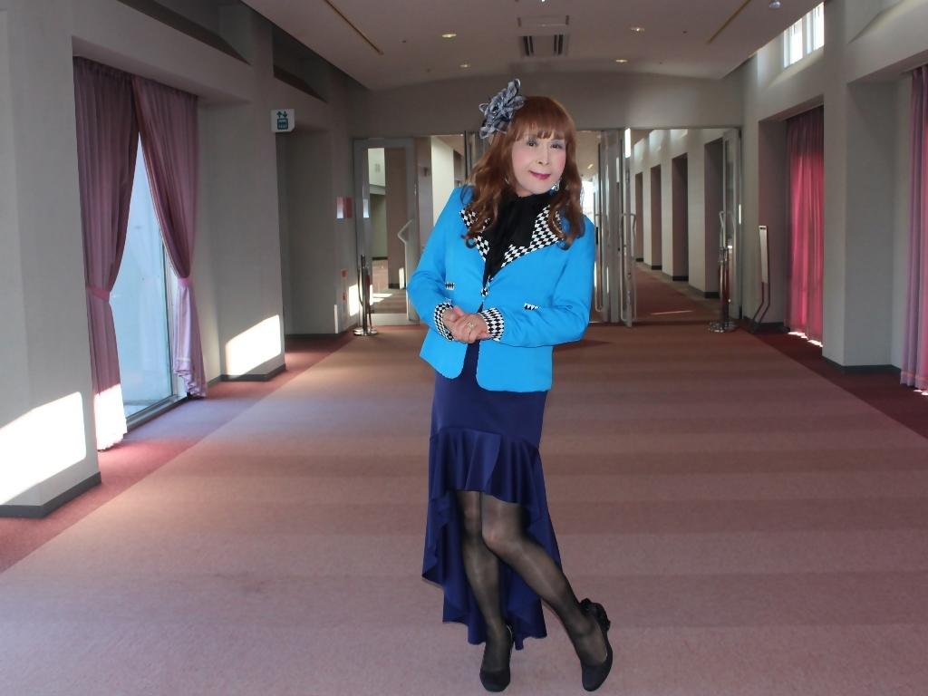 水色ジャケット紺マーメイドC(3)