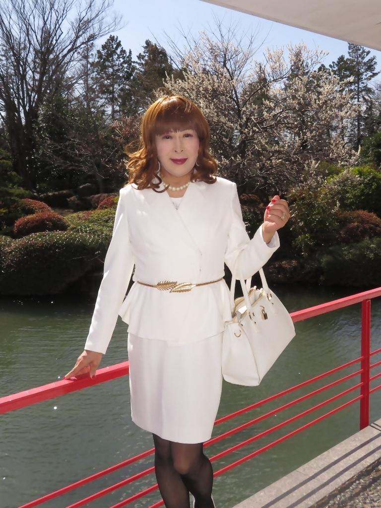 白スーツガーデンパレスC(1)
