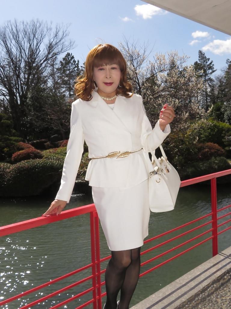 白スーツガーデンパレスC(2)