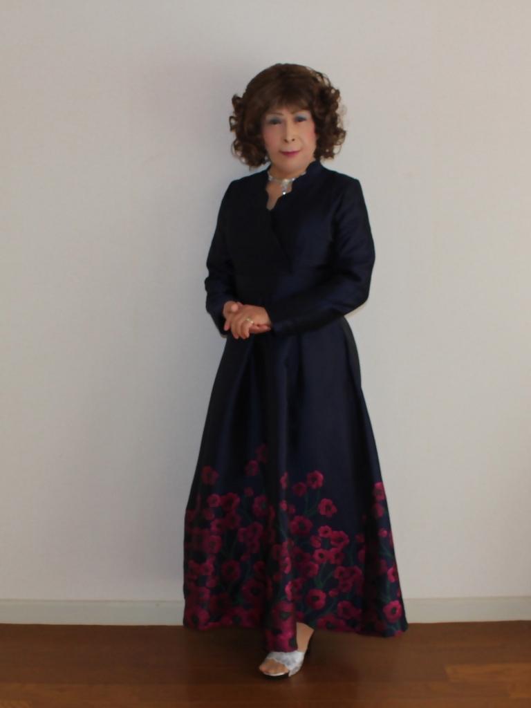 裾花柄紺ロングドレス部屋A(1)