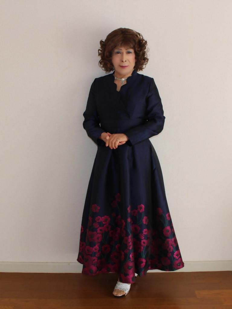 裾花柄紺ロングドレス部屋A(3)