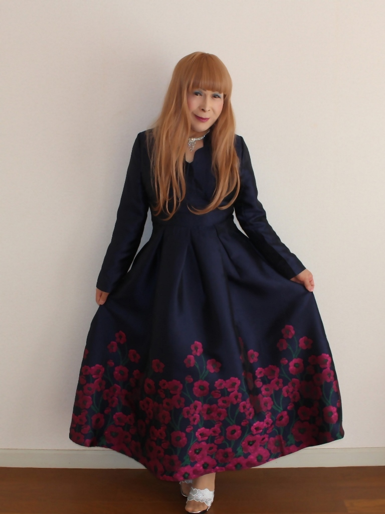 裾花柄紺ロングドレス部屋B(5)