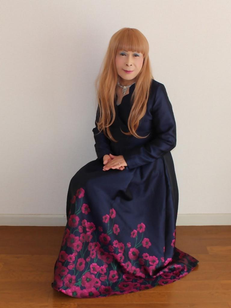 裾花柄紺ロングドレス部屋C(6)