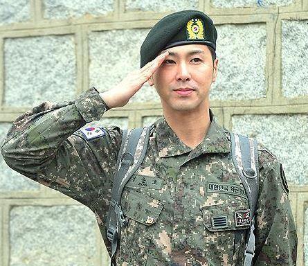 「韓国の軍隊AからZまで」ー 軍人も給料をもらえる?いくら?