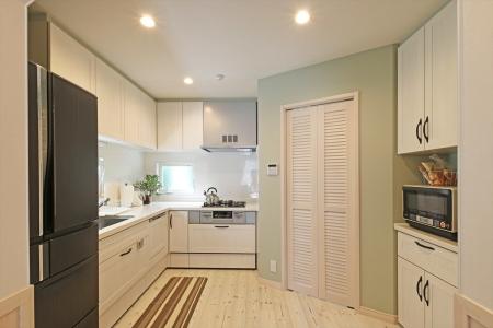 kitchen_swedenhome_x18_kobe.jpg