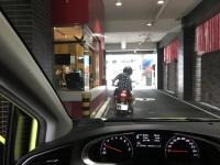 バイクでドライブスルーが台湾らしい200323