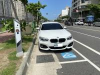 BMW200613
