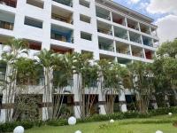 ホテル中庭200721