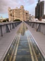 高雄臨港線跡が歩道橋に200723